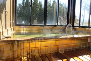 黄金風呂にある階段をのぼると展望黄金風呂がございます。
